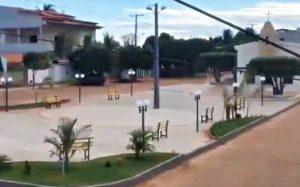 Vídeo: distrito de Feira Nova ganha nova praça